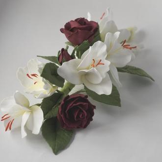 Гребінець з фрезіями і трояндами