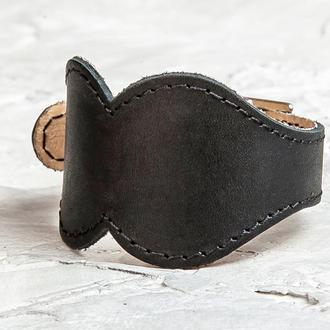 Черный широкий фигурный прошитый кожаный браслет код 6325ст