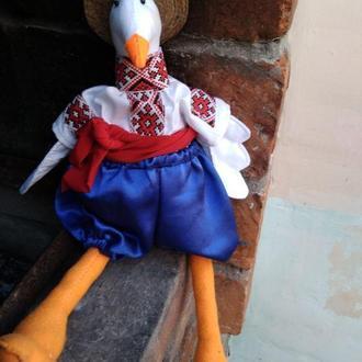 Селезень-толстопуз в украинском костюме