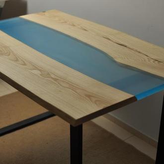 Стол-река с эпоксидной смолой в стиле LOFT \ Лофт. Стол со слэба.