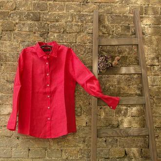 Льняная женская рубашка классического кроя