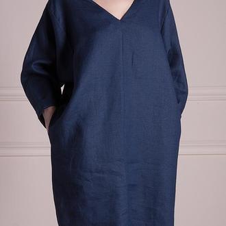 Льняное платье с V-образным декольте