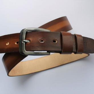 Мужской кожаный ремень коричневый
