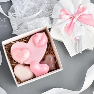 Подарочный набор сувенирного мыла Love in Spring Сердечки
