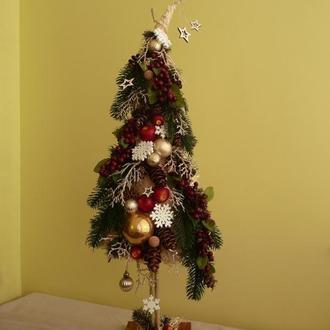 Новогодняя елка с калиной.