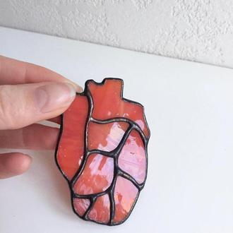 Брошь сердце, стеклянные украшения, витражи, стеклянная брошь