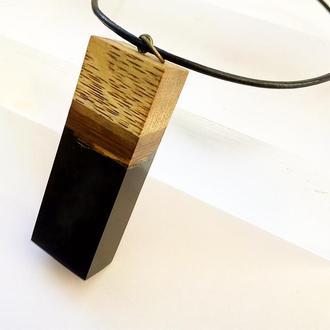 оригинальный подарок для мужчины или для женщины - стильный черный кулон на кожаном шнуре