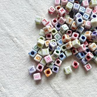 бусины Буквы, разноцветные 20 шт.
