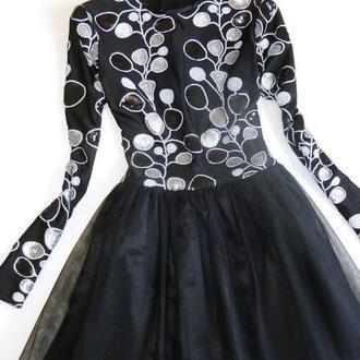 Шикарное, эксклюзивное платье с рукавами