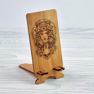 """Подставка под мобильный телефон из натурального дерева """"Амазонка"""""""