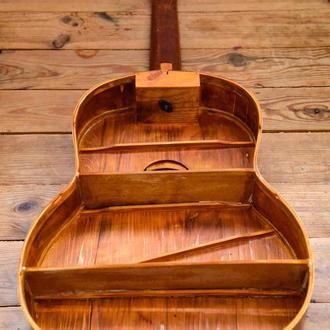 Крафтовий полку з гітари