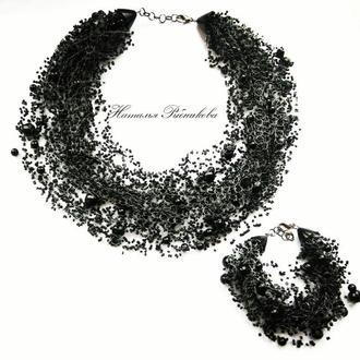 Воздушное колье черное Украшение на подарок Купить пышное колье Черное колье из бисера