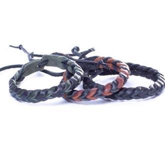Плетеная  браслет-фенечка из натуральной кожи. Любые цвета, и их сочетания.