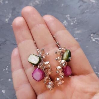 Серьги из натурального перламутра и кристаллов