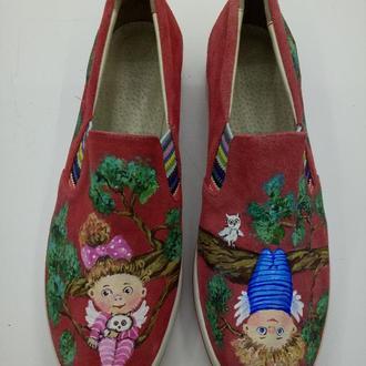Замшевые туфли с росписью Ангелочки.