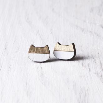 Сережки гвоздики котики, Бело золотые серьги, Сережки ручной работы коты
