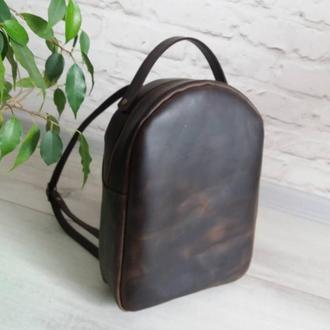 Рюкзак из натуральной кожи CrazyHorse. Цвет шоколад.