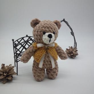 Плюшевая игрушка вязаная крючком - мишка