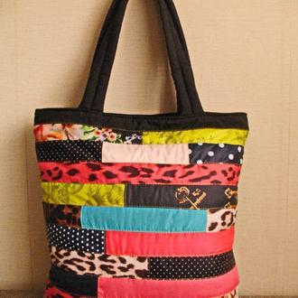 Мозаика-женская вместительная сумка из плащевки.