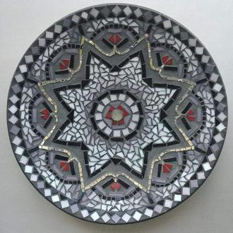 Декоративная тарелка, мозаика на деревянной основе, декор для дома