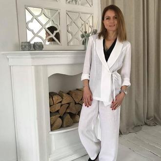 Білий лляний костюм