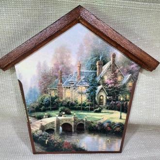 Ключница домик Пейзаж Ключница настенная декоративная в прихожую Вешалка для ключей Уютный дворик