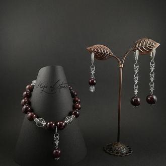 Комплект украшений из граната,хрусталя и серебра 925 пр.
