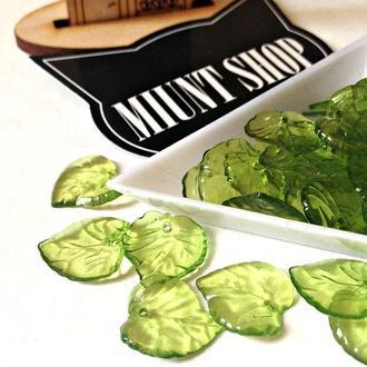 Бусины акрил листик зеленый 15 мм