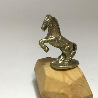 Фигурка Лошадь бронза
