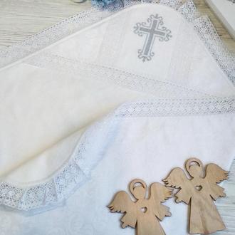 Крыжма белоснежна с хлопковым кружевом и вышитым вручную крестиком
