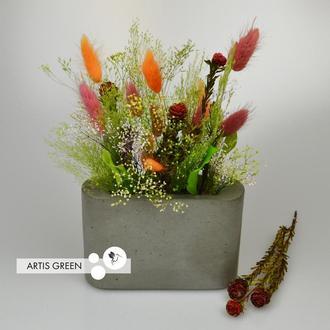 Бетонное серое кашпо со стабилизированными растениями из Японии
