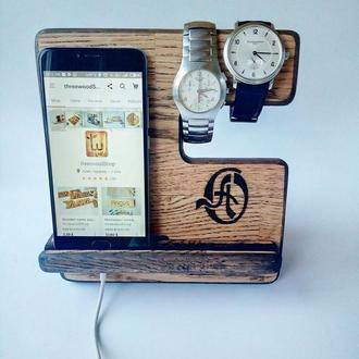 Подставка на стол для телефона, часов, органайзер из дерева подарок мужу папе коллеге другу парню