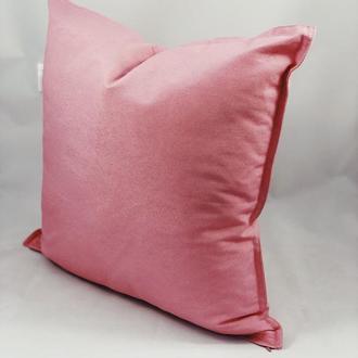 Однотонная цветная диванная подушка. Розовая подушка. Подушка с замком.