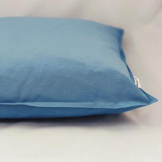 Однотонная цветная диванная подушка. Синяя подушка. Подушка с замком.