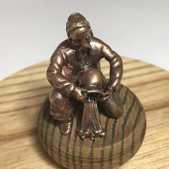 Бронзовая статуэтка Знак Зодиака ′Козак′ ′Водолей′