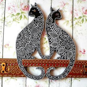 Вешалка Кошки - точечная роспись