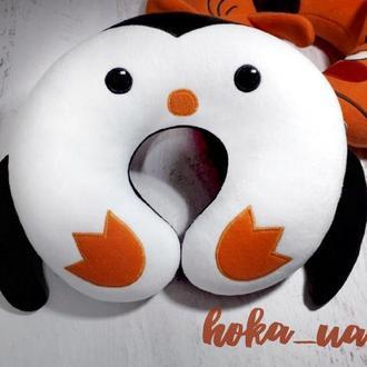 Подушка подголовник Пингвин