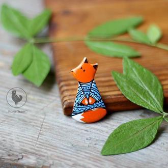 Брошь лисичка из дерева. роспись