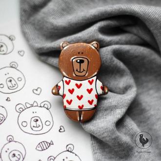 Брошь медвежонок из дерева. роспись