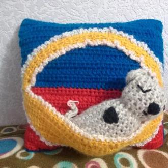 Вязаная подушка +игрушка