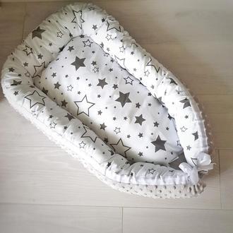 Гнездышко для новорожденного (кокон, бебинест) Grey Stars
