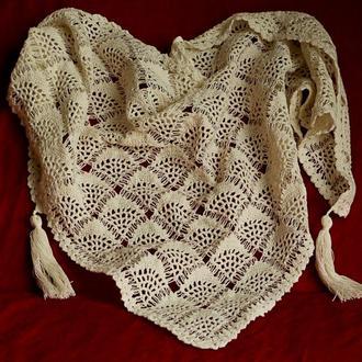 Кружевной шарф-бактус