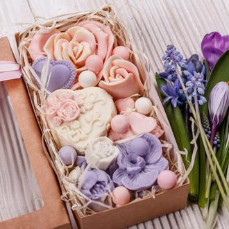 Коробка квітів від Світ  Мила