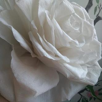 Интерьерный цветок Белая роза