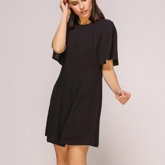 Платье черное с завязкой на спинке