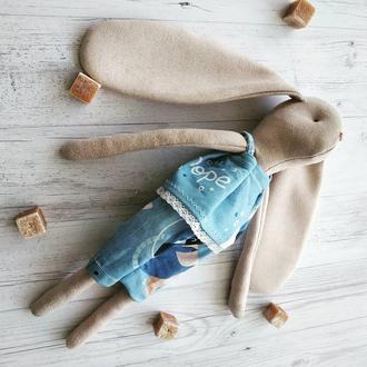 Игрушка зайчик в пижамке