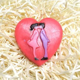 """Мыло """"Влюблённые на сердце"""" красное"""