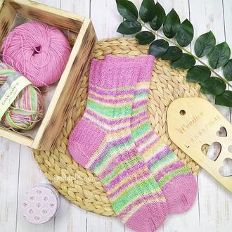 Вязаные носки Весна