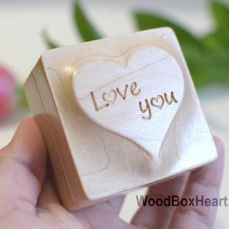 Деревянная коробочка шкатулка футляр для кольца, украшений