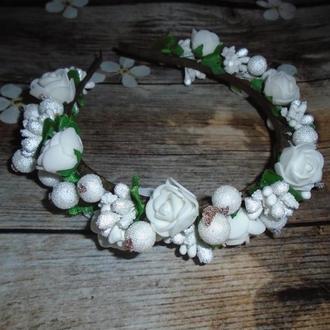 Обруч\ободок с белыми цветами
